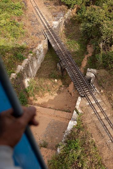 g_train16_photontrip.jpg