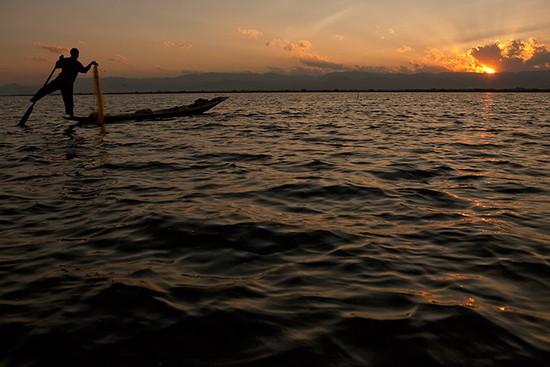 lake05_photontrip.jpg