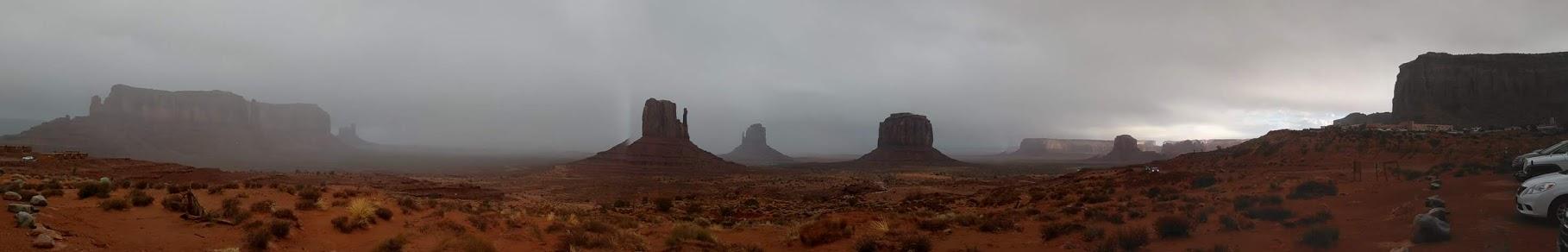 PHOTO_20181122_160955monument rain.jpg