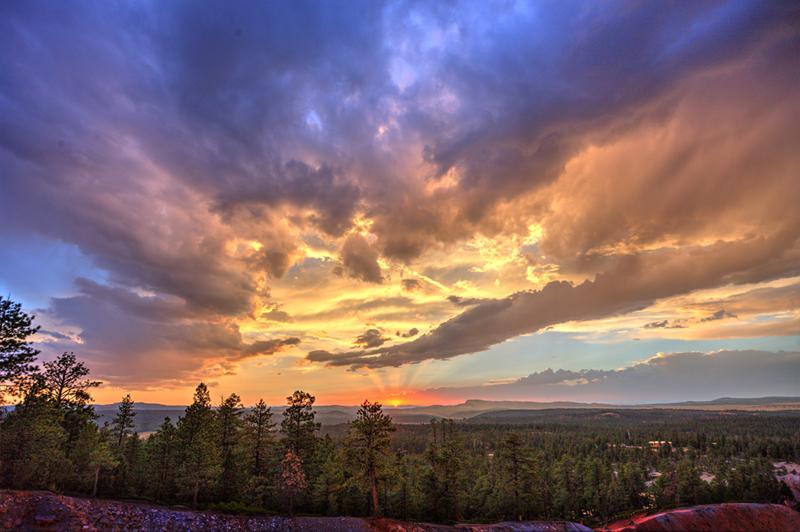 Bryce-sunset-01-ssssmall.jpg